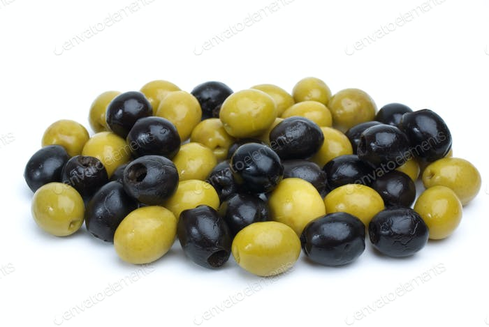 Some green with pit and black pitted olives