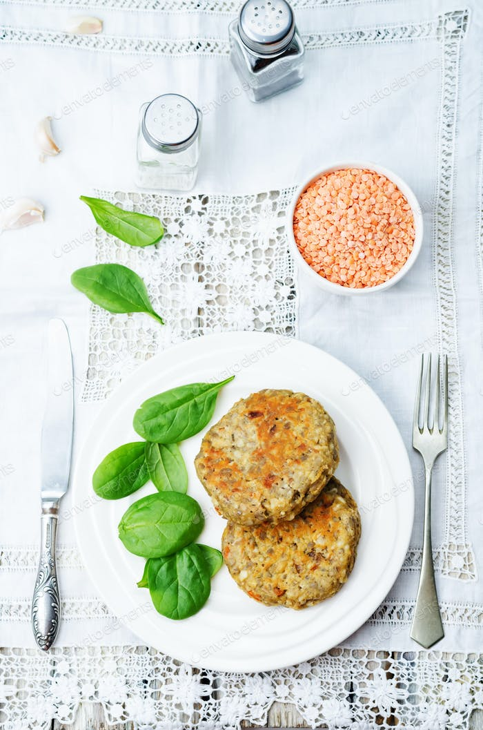 red lentil seeds cashew carrot burgers