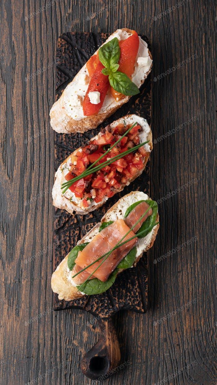 Traditional italian Bruschetta set