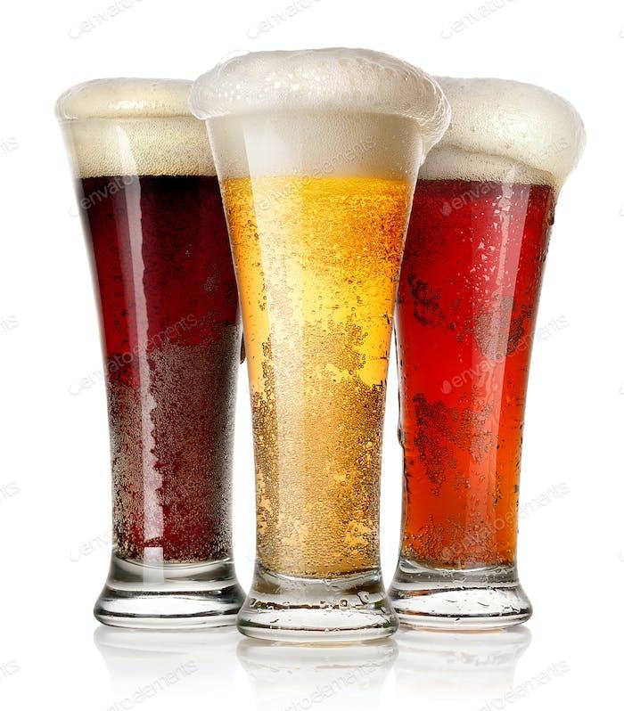 Hohe Gläser Bier