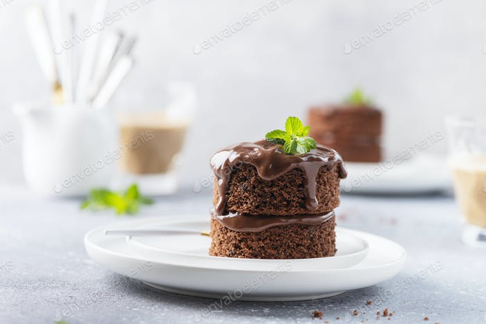 Chocolate mini cake with chocolate ganash and mint