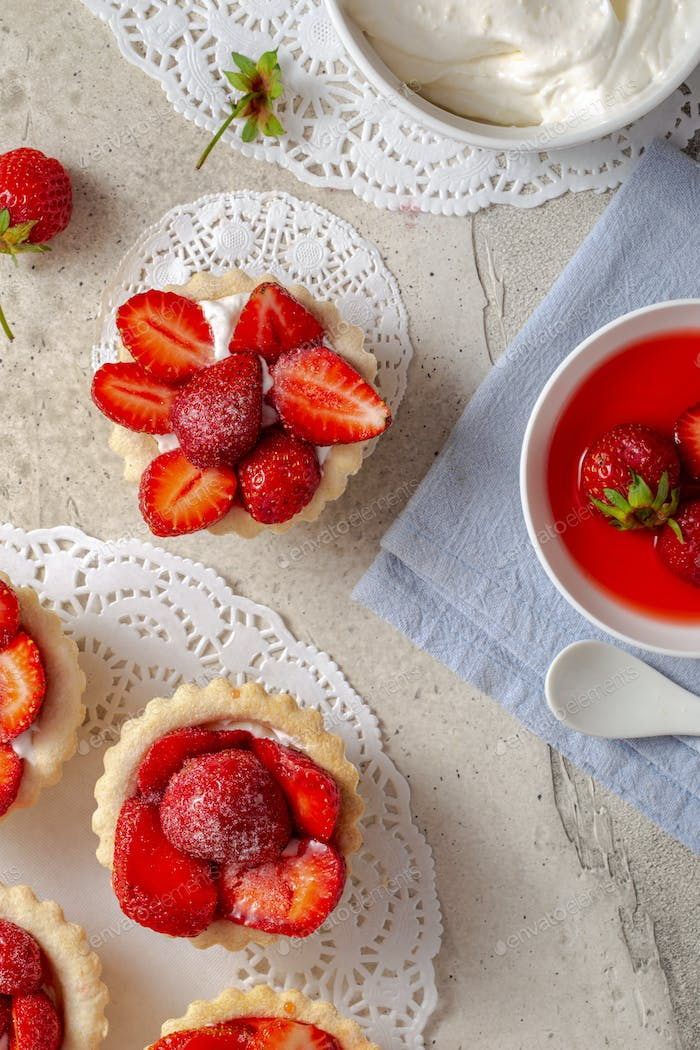 Tartlets with strawberry above