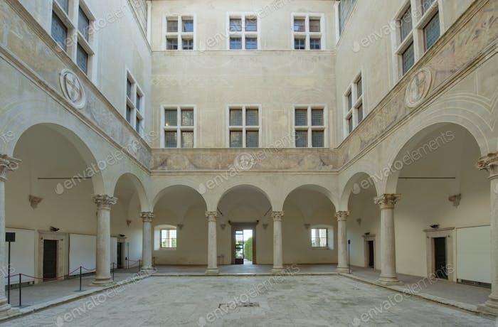 Palazzo Piccolomini Courtyard