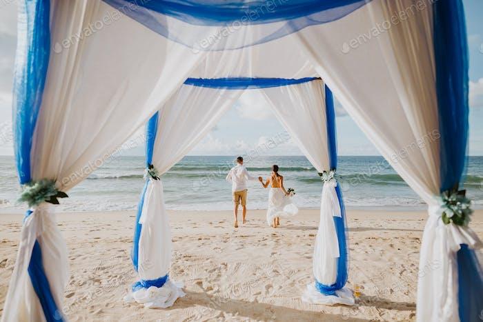 beach wedding in tropics