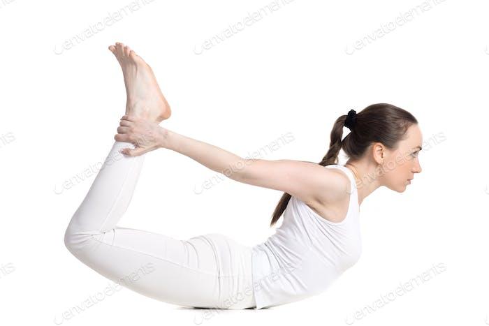 Yoga-Pose dhanurasana