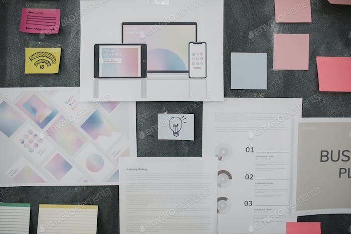 Junta de ideas en una empresa de startups