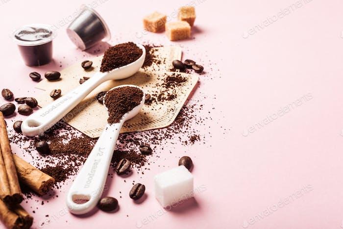 Food-Hintergrund mit verschiedenen Kaffee