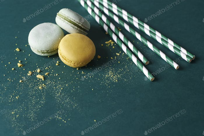 Three macaroons and few straws