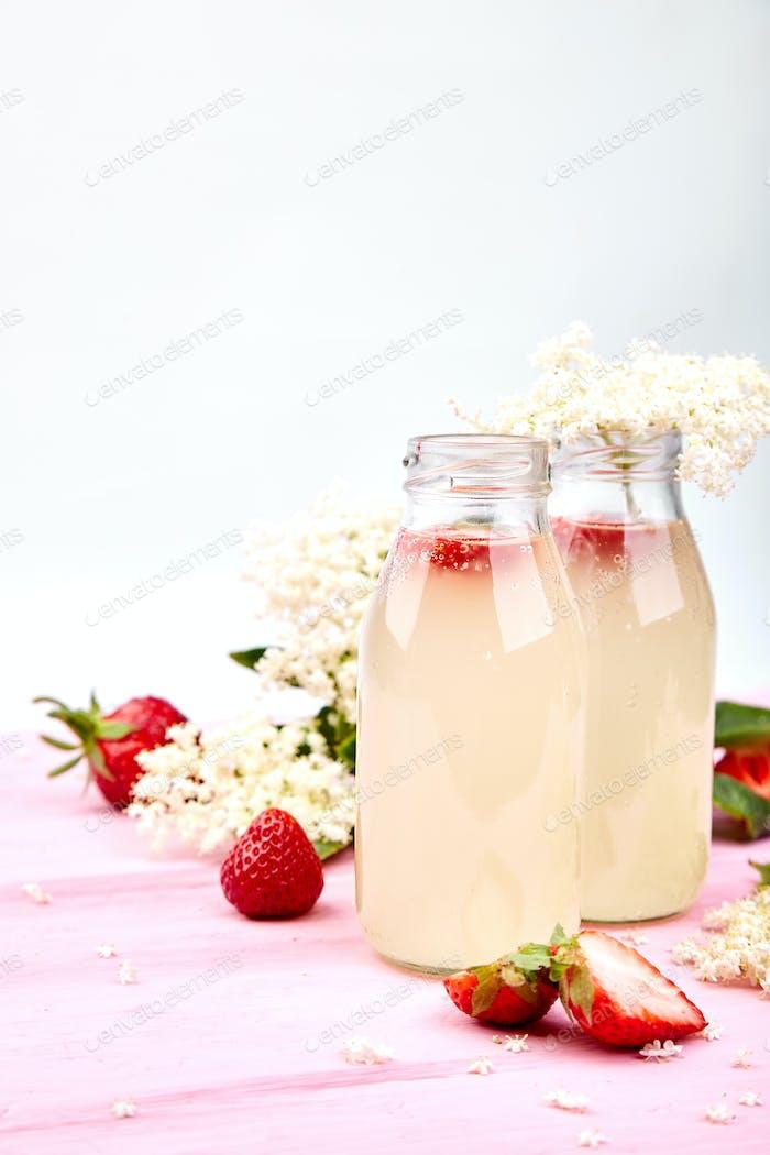 Kombucha tea with elderflower and strawberry