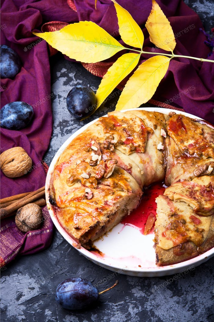 strudel with autumn plum