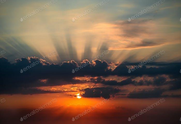 Aufgehende Sonne am Morgen