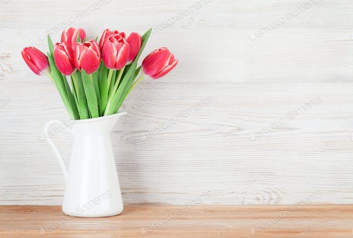 Rote Tulpenblüten