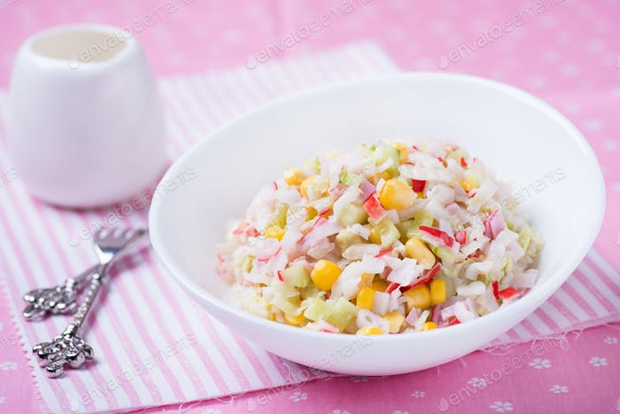 Fresh vegetable salad with corn