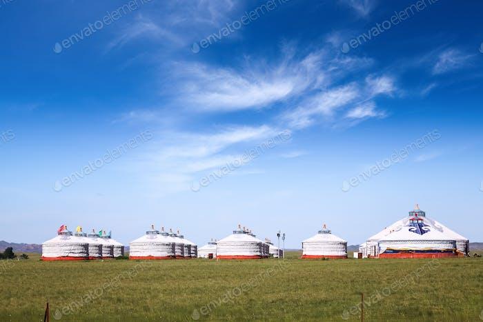 mongolische Jurten auf der Prärie