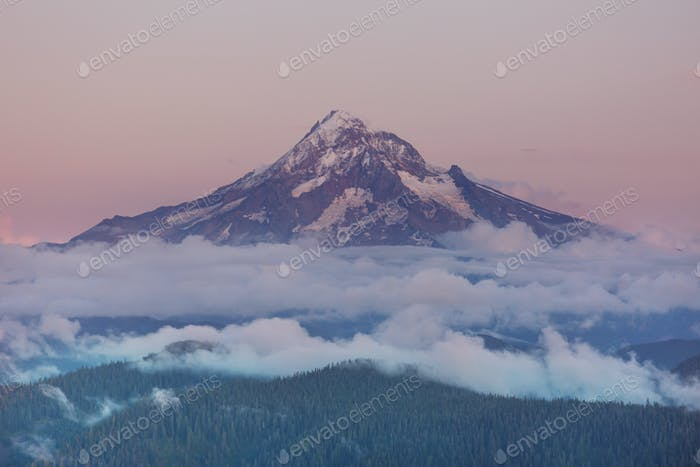 Mt Kapuze