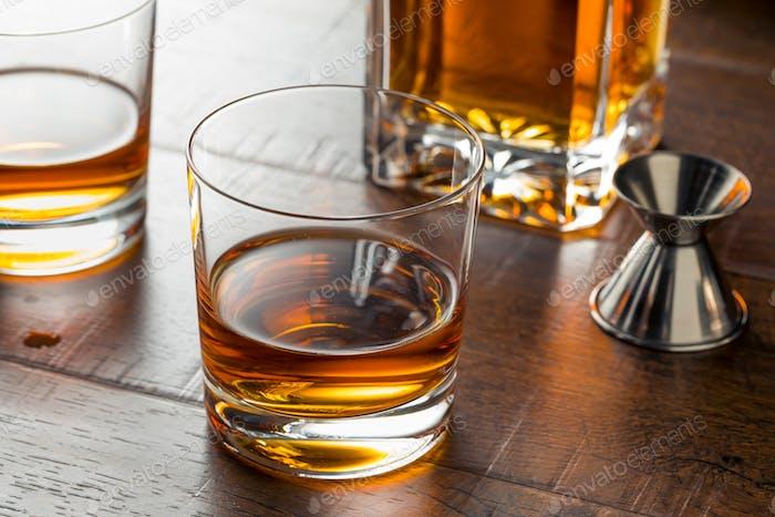 Köstlicher Bourbon Whiskey Saubere