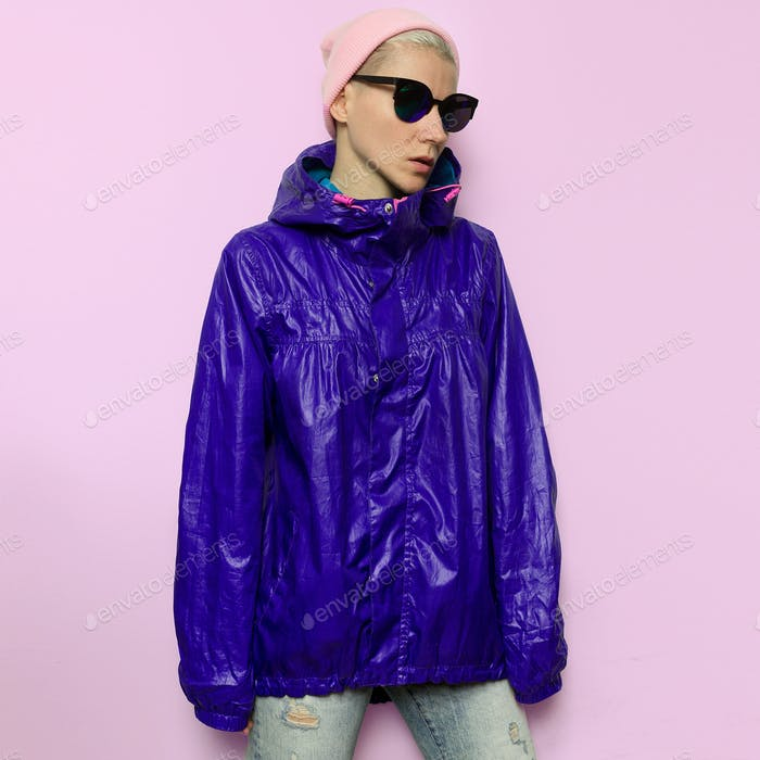 Tomboy windbreaker Model in Urban Style Outfit