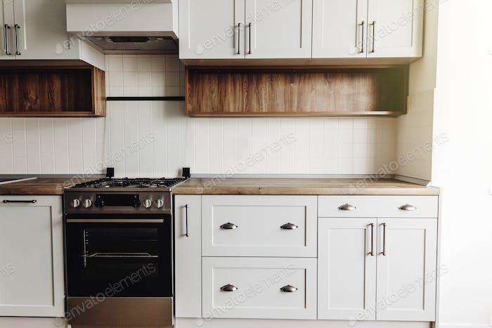 Küchendesign im skandinavischen Stil
