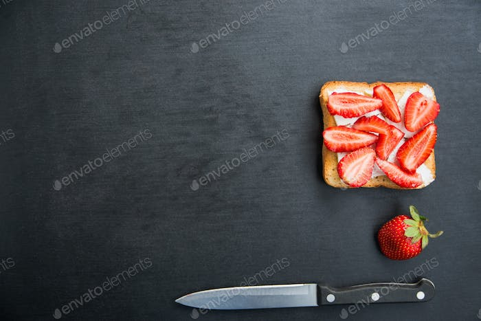 toast with feta and strawberries
