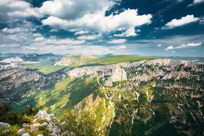 Provence-Alpes-Cote d'Azur, Frankreich. Schöne Berge Landschaft