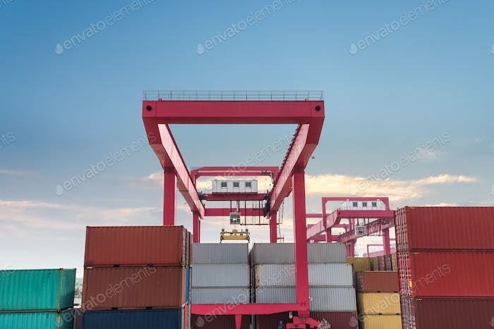 shipping containers with gantry crane