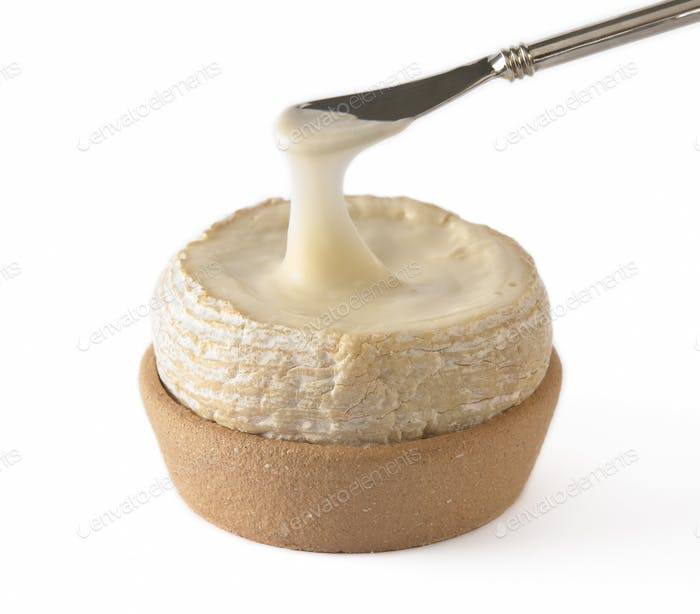 geschmolzener Käse mit Messer