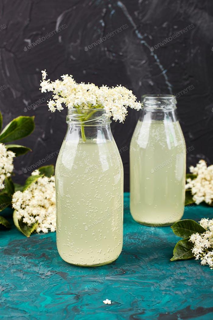 Kombucha tea with elderflower