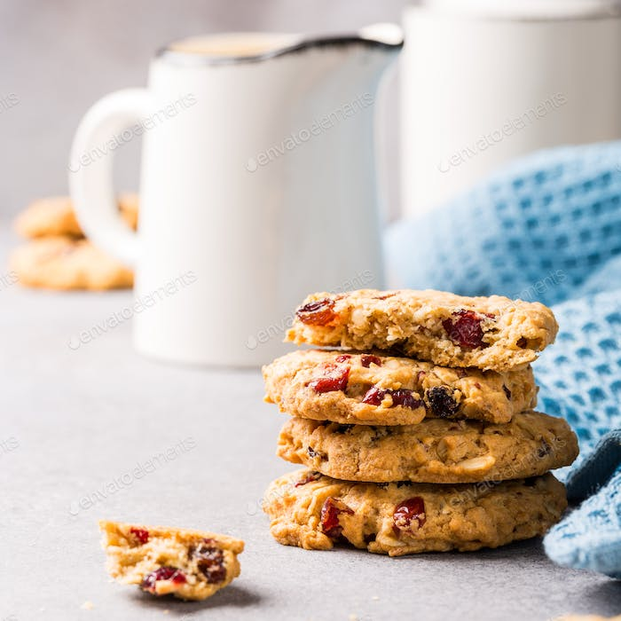 Oat meal cookies with raisins