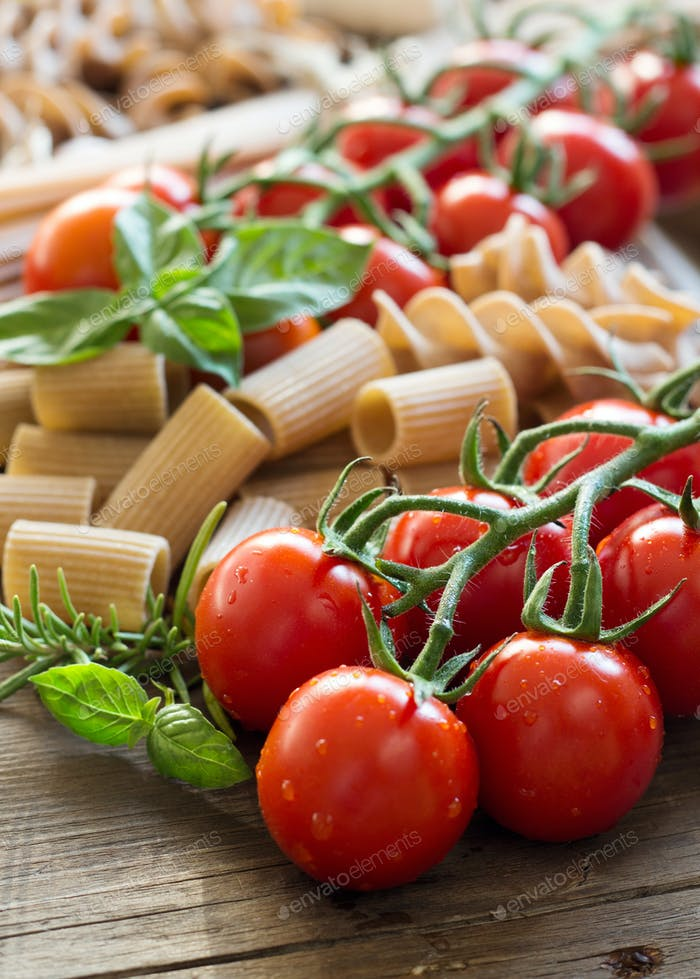 Pasta, garlic, herbs and tomatoes