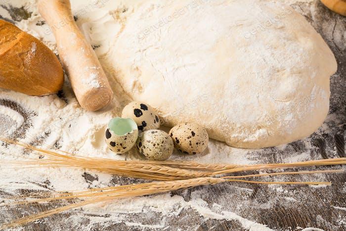 flour, eggs, white bread, wheat ears