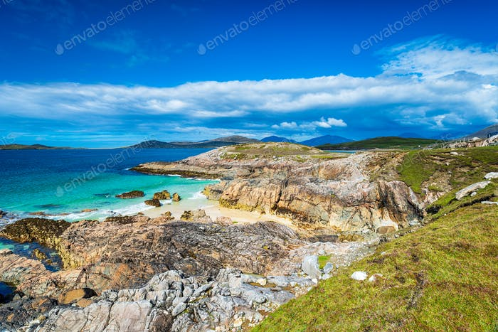 The Isle of Harris coastline at Seilebost