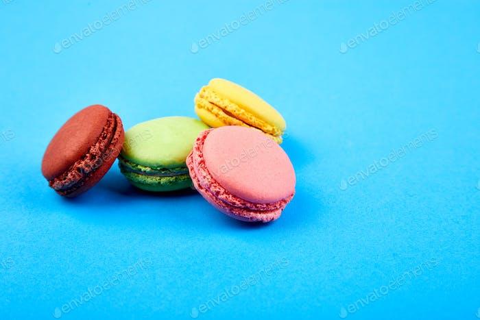 Süßes Dessert Macaron oder Makronen