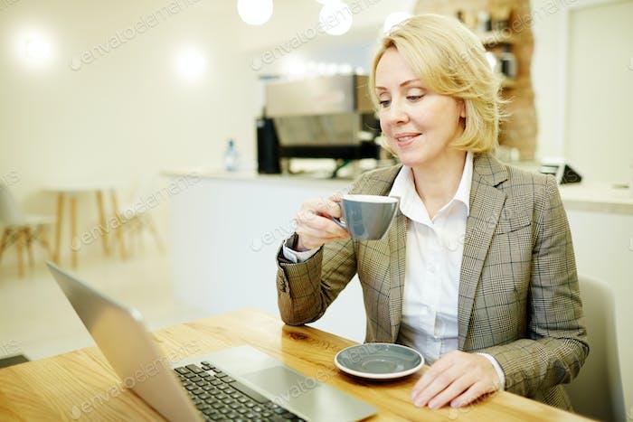 Working during coffee break