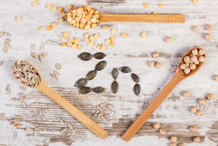 Zutaten, die Zink und Ballaststoffe enthalten, gesunde Ernährung