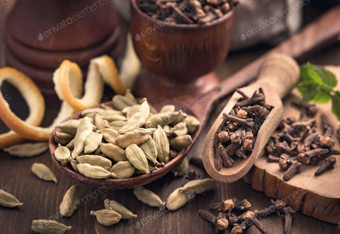 Clove and cardamom spices still-life