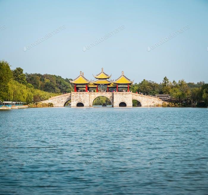 Yangzhou fünf Pavillon Brücke