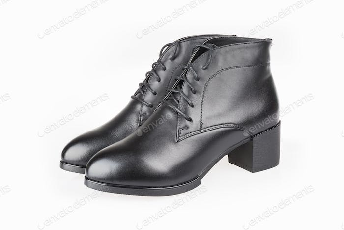 female leather boots