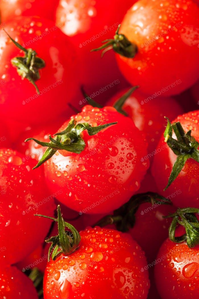 Raw Organic Red Cherry Tomatoes