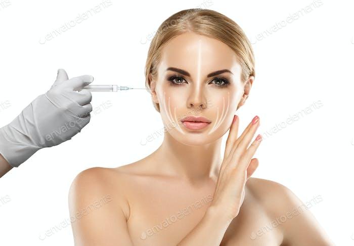 Frau Schönheit Gesicht und Hand in Handschuh mit Spritze machen Injektion