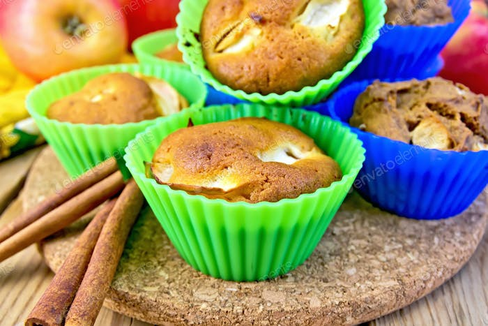 Cupcake and rye with apples on board