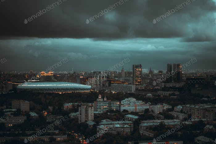 Stürmische Nacht Stadtlandschaft, Moskau