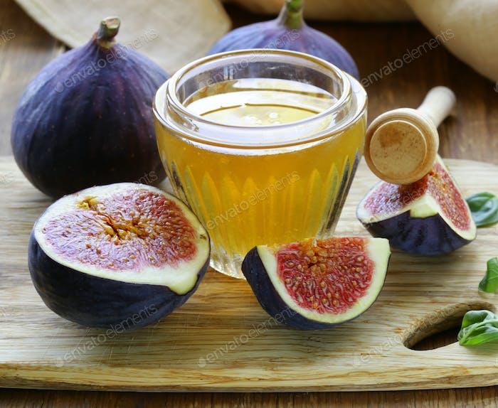 Fresh Ripe Figs and Light Honey