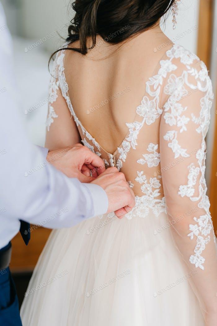 vestido de novia perfecto en el día de la boda