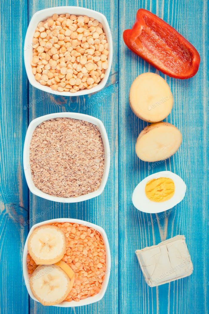 Vintage Foto, Produkte mit Vitamin B6 und Ballaststoffen, gesunde Ernährung
