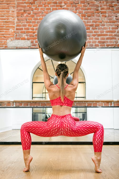 Use Pilates Ball For A Safer And Healthy Workout