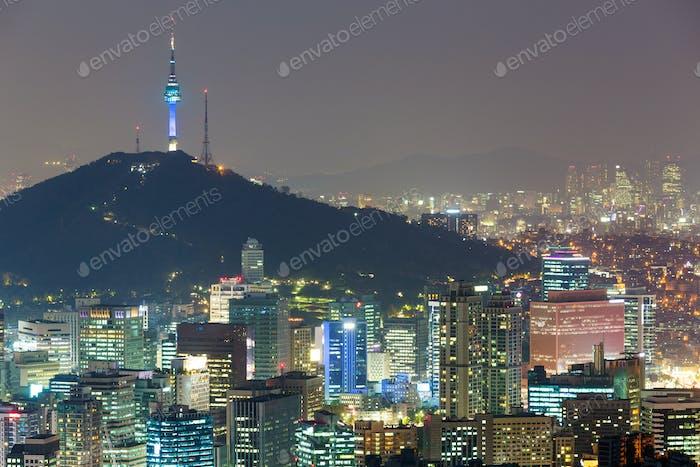 Korea Stadt bei Nacht