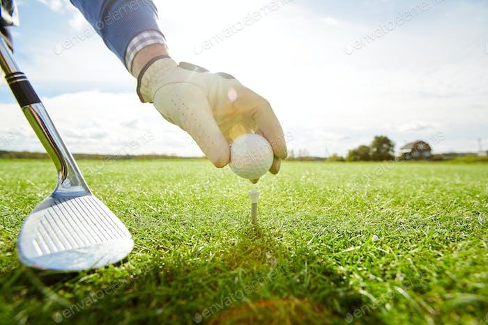Preparing golf ball