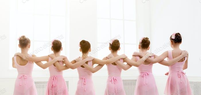 Young girls dancing ballet in studio