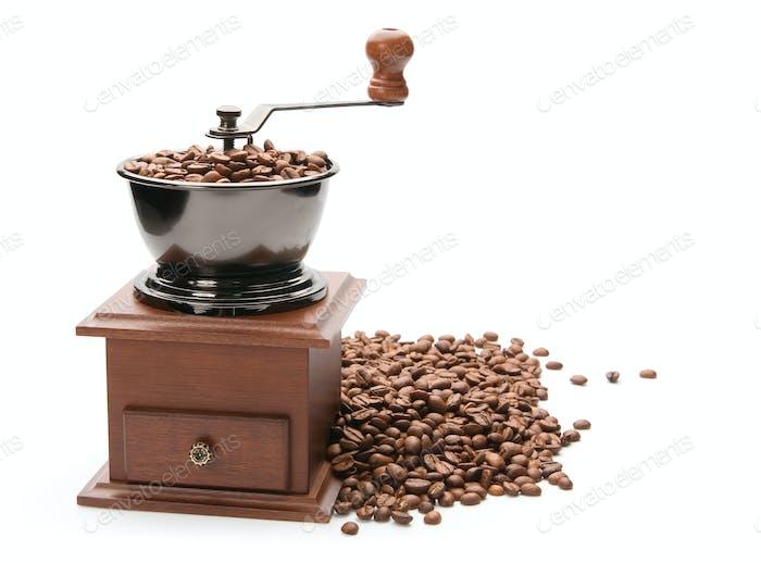 Alte Kaffeemühle, isoliert auf weißem Hintergrund