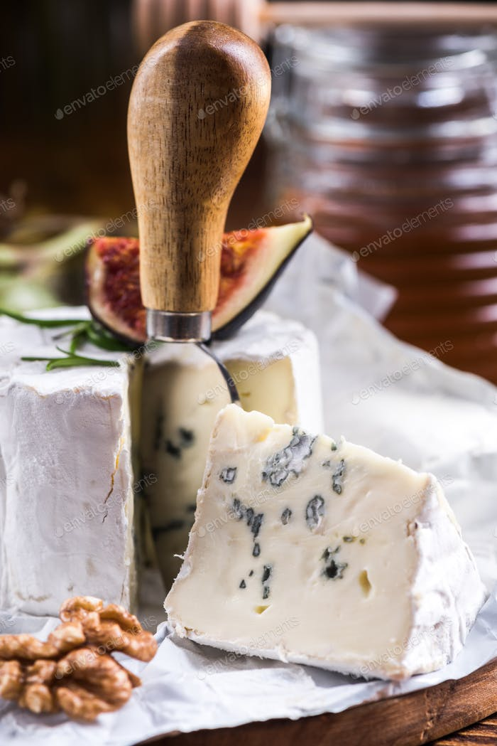Blue Cheese cut, serving portion